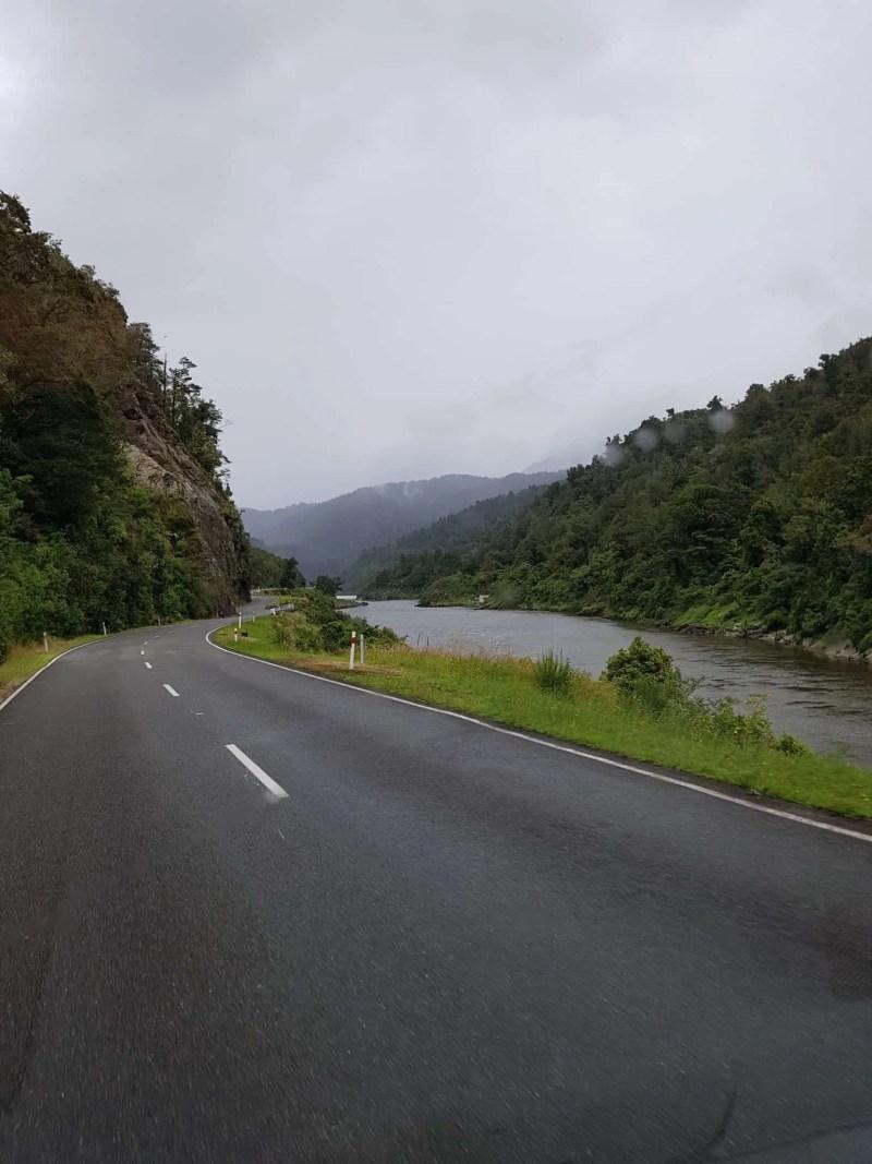 Nouvelle-Zélande, le paisible lac Saint Arnaud 🌥 10