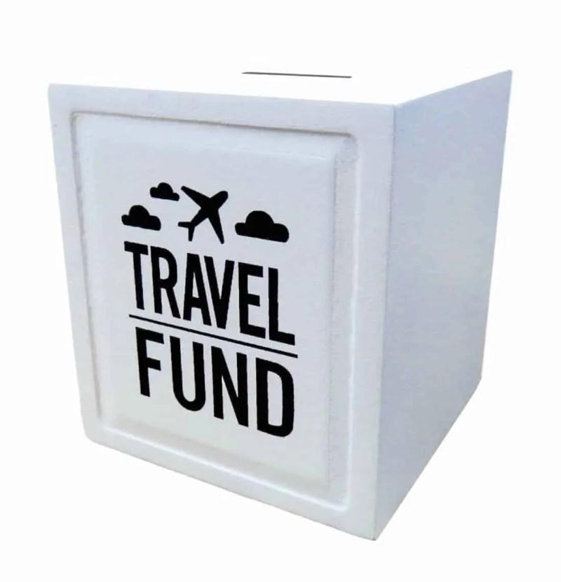 Tirelire voyage cube