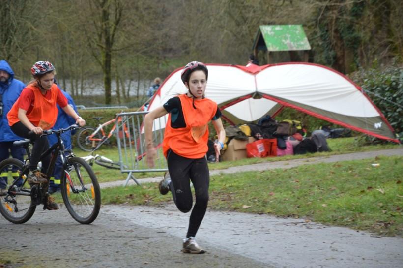 Manon Tomazeau et Hania Roy sur le vélo