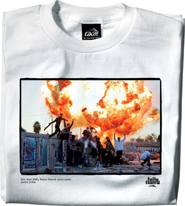 https://i1.wp.com/www.lesitedelasneaker.com/wp-content/gallery/aout/lakai-fully-flared-intro-tee-2.jpg