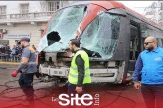 Casa: la rame du tram qui a été percutée ce mercredi (VIDEO)