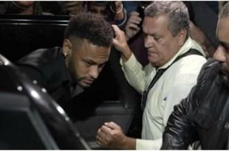 De retour avec le PSG, Neymar fait encore jaser