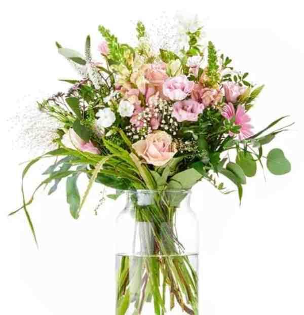 bouquet de naissance - offrir des fleurs