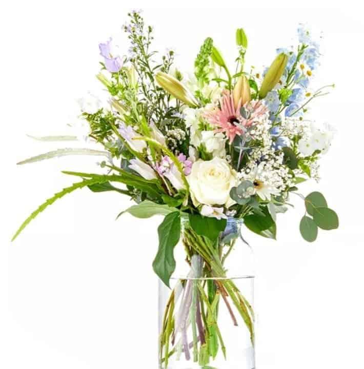 Une nouvelle vie commence - Felicitations - offrir un bouquet de fleurs - livraison a domicile