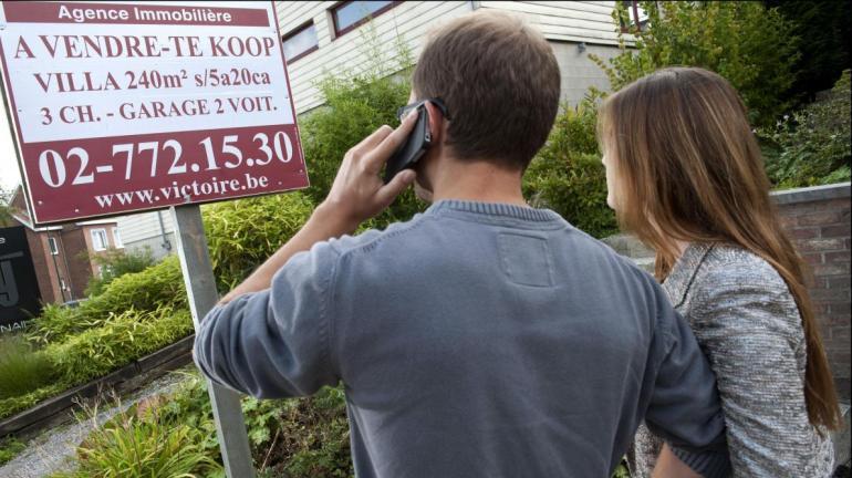 Un premier achat immobilier est une étape importante dans la vie d'un jeune couple.