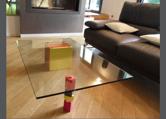 rectangular design low glass table pied