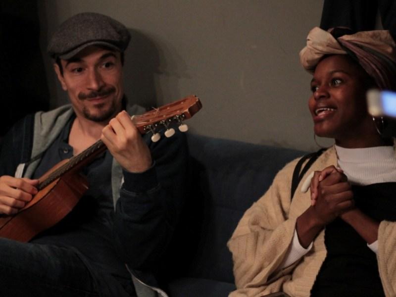 Deux humoristes à la Nouvelle Seine : Yacine Belhousse et Fadily Camara