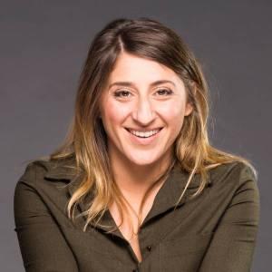 Interview humour : Marion Mezadorian se confie sur le spot du rire