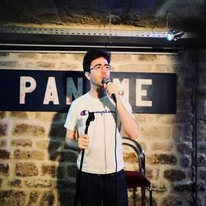 Interview : Cyril Hives, comique habitué des plateaux d'humour, dresse un portrait fidèle de la scène stand-up parisienne