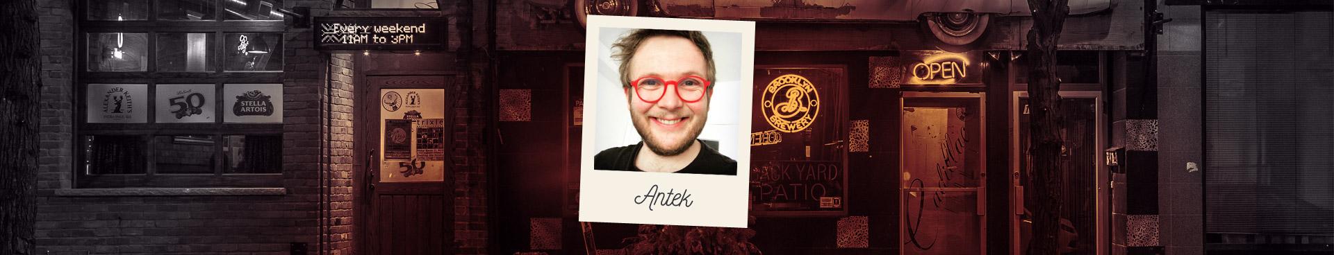 Portrait d'Antek, comédien de stand-up