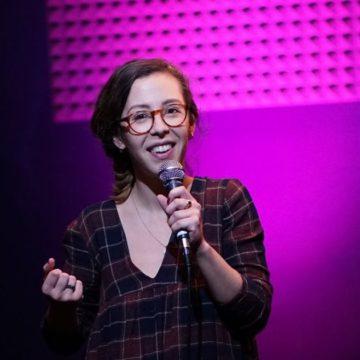Anissa Omri, découverte humour et stand-up du spot du rire
