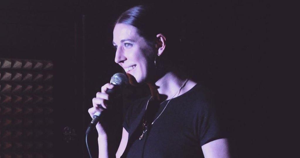 Camille Lorente, découverte humour et stand-up sur Le spot du rire