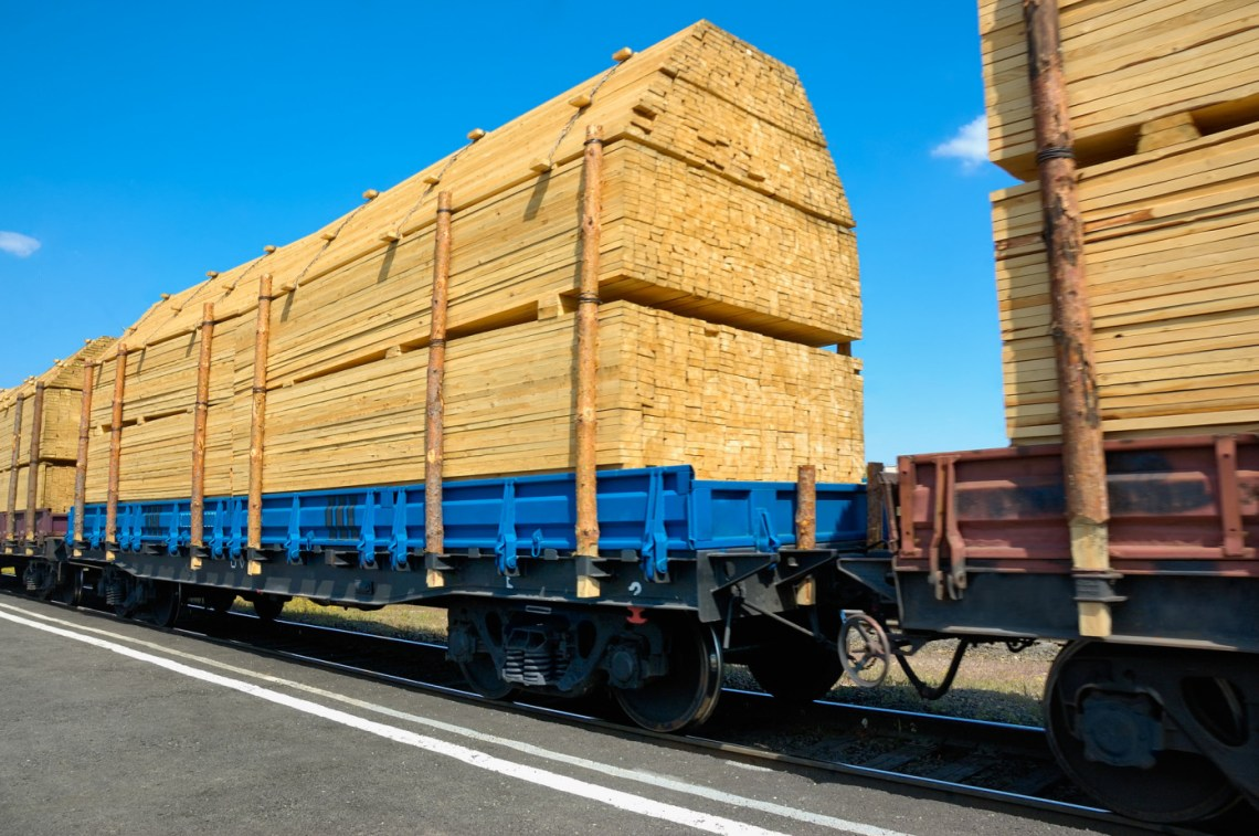 "China""s softwood lumber imports increased by 42% in 2Q"