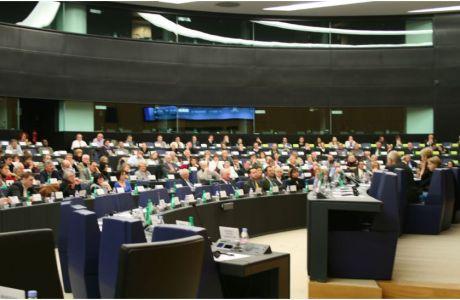 Crise financière, euro, budget, réformes, harmonisation fiscale : de nouveaux tournants pour l'Europe et la France ? » Conférence avec Joseph DAUL