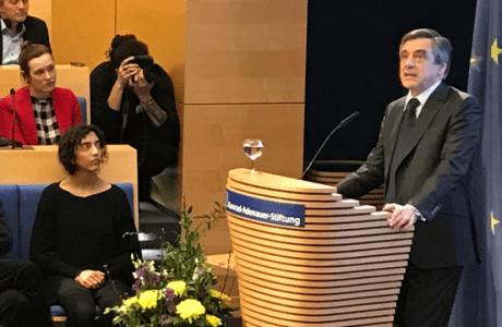 François FILLON appelle à un sursaut européen