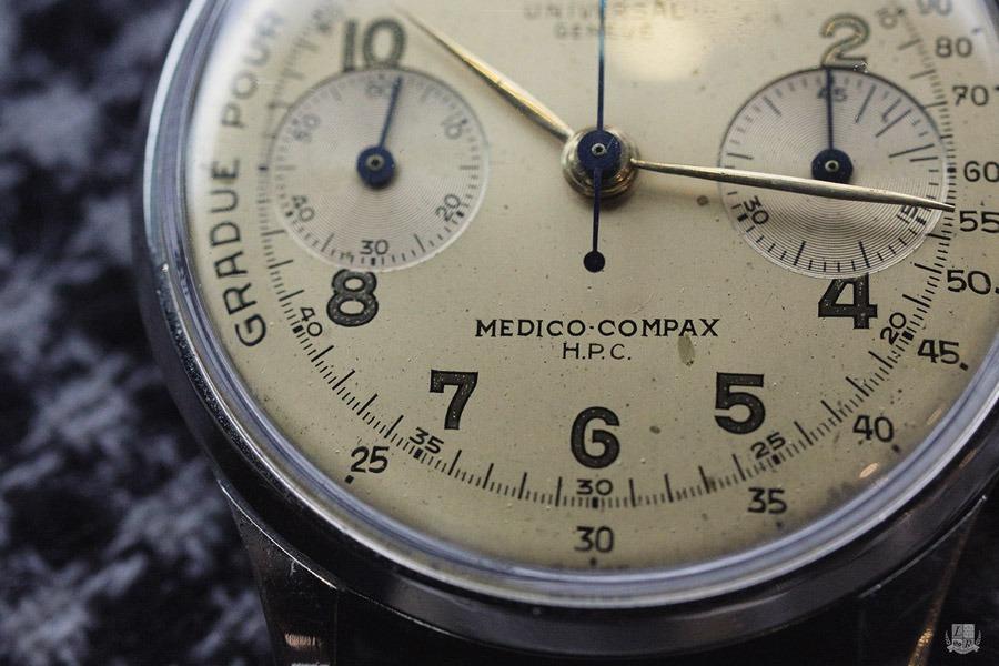 Universal Genève : Medico Compax