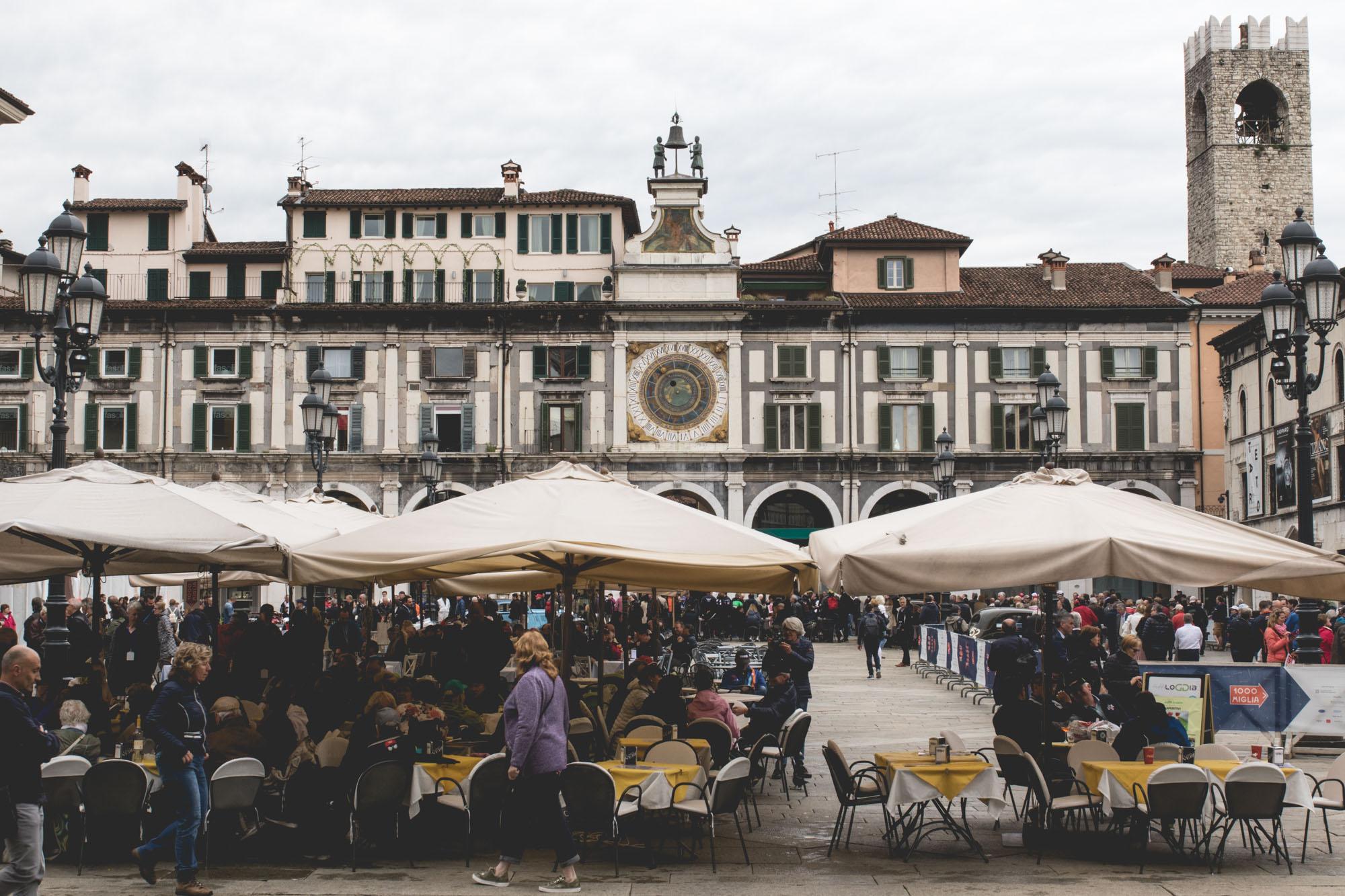 Mille Miglia - Place de Brescia