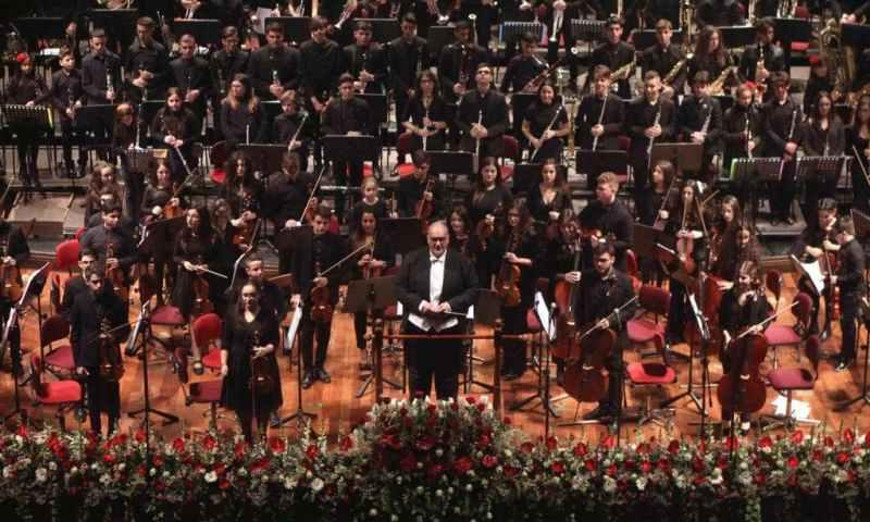 Castelbuono Classica,  dall'orchestra Kids del Teatro Massimo di Palermo a Giovanni Sollima.