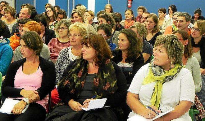 La centaine de parents, présents à cette conférence, auront acquis des...