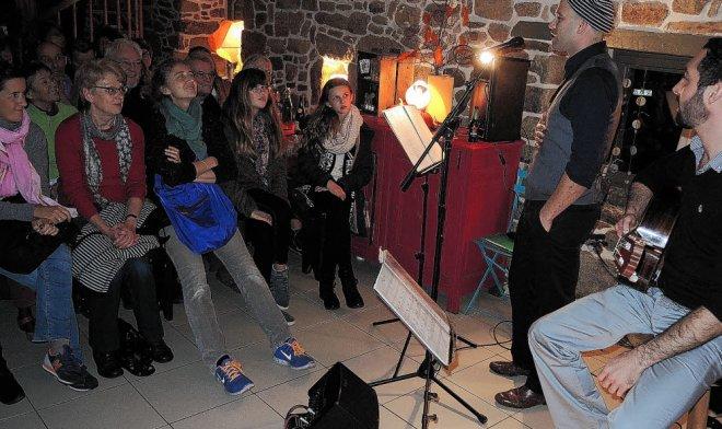 Sebastian et Pablo, de SM Gotan, ont offert au nombreux public de Hoari une...