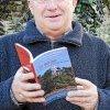Jacques de Certaines présente son dernier livre.