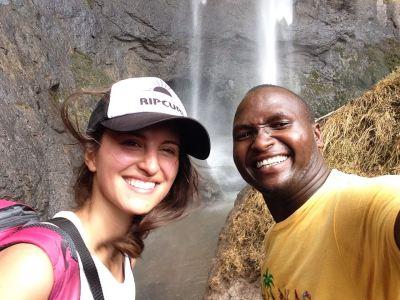 Nádherné vodopády Sipi a buržoazní elektřina a tekoucí voda – Češka v Ugandě: 5. díl
