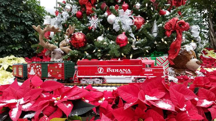 Toy Train at Garfield Park Conservatory Crossing
