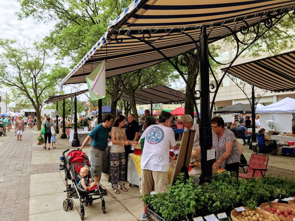 Downtown Fort Wayne Farmers Market is a family friendly event for kids