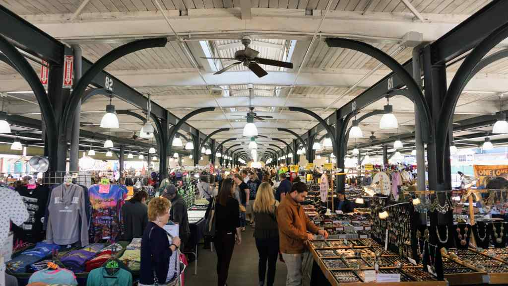 French Quarter with Kids - New Orleans French Market Stalls