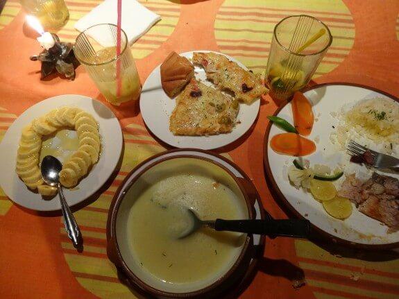 repas copacabana bolivie