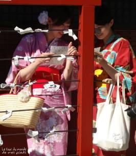 temple-costume-tradition