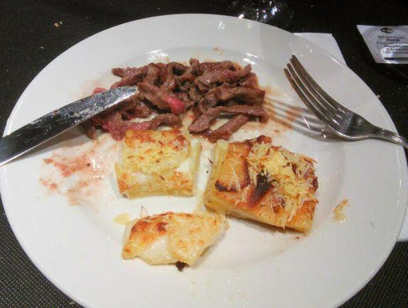 gratin dauphinois et viande frit