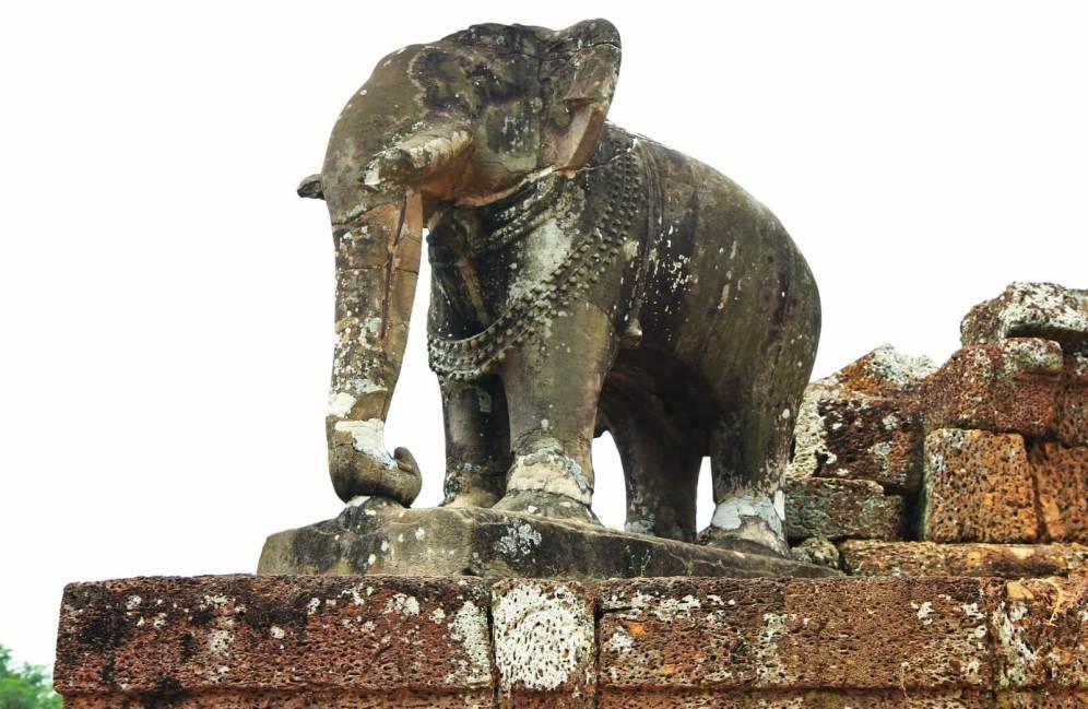 Temple Angkor Elephant Statue