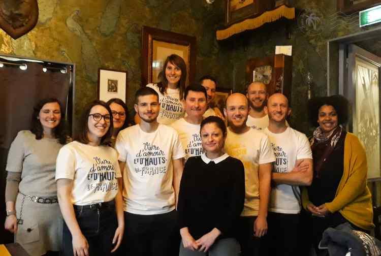 Une partie des membres du collectif #blogueursHdF lors du repas chez 'La Vieille' à Lille