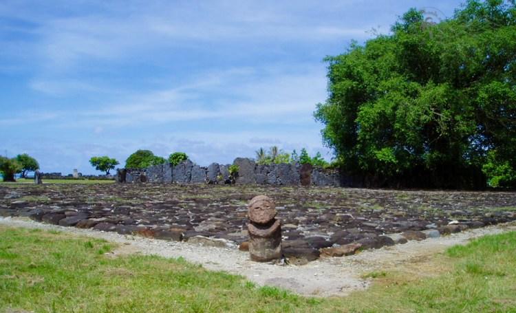 Le marae Taputapuatea à Raiatea
