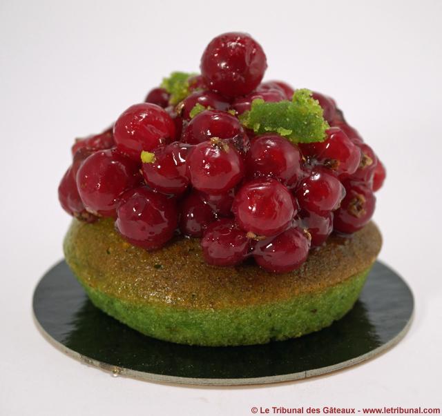 helmut-newcake-tartelette-pistache-groseilles-1-tdg