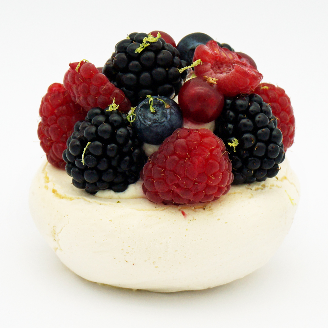 Pavlova aux Fruits Rouges par Le Boulanger de la Tour