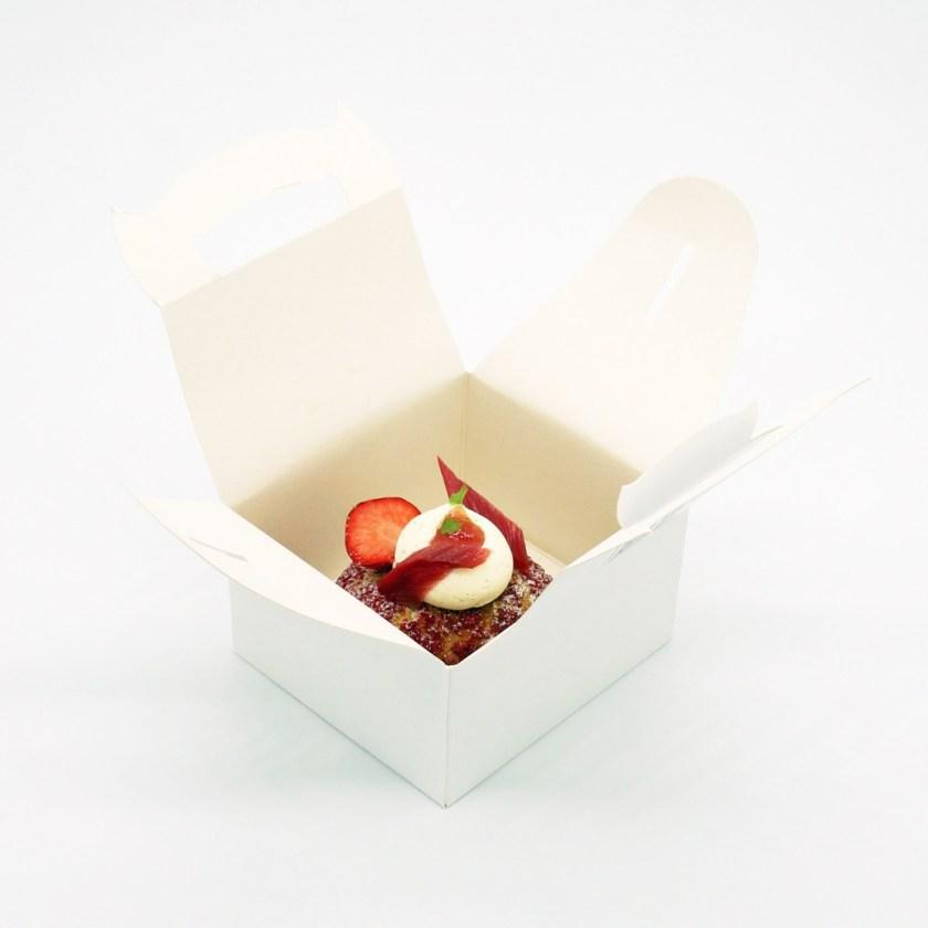 chou fraise rhubarbe bo & mie