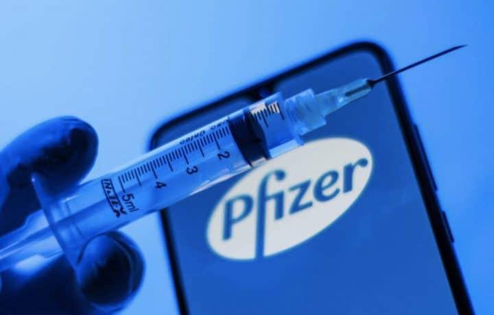 Les fabricants assurent que le vaccin est efficace contre les variants du Covid-19
