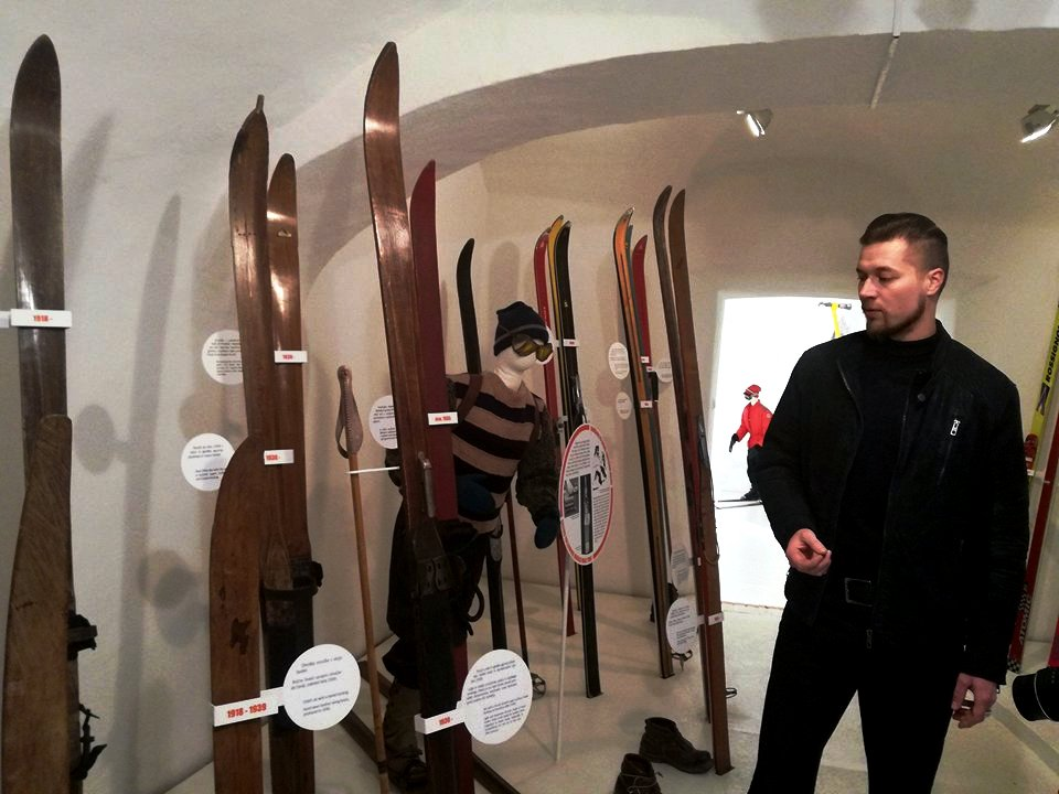 Our guide and curator Boštjan Meglič is great in presenting the history of skiing in Slovenia.