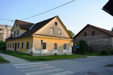 Old houses of Šentvid