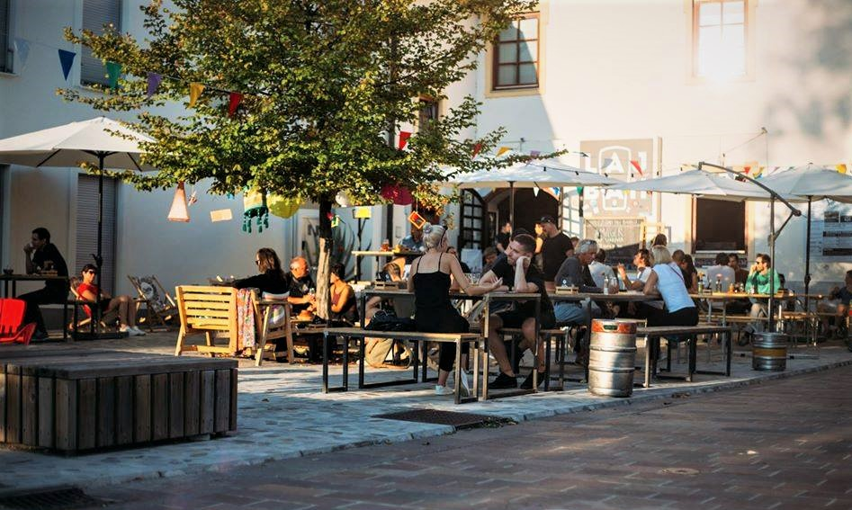RECOMMENDED BY LOCALS: PIVNICA LAJBAH Beer, Food & Music, Ljubljana 🍺🥘🥗🍴🎶