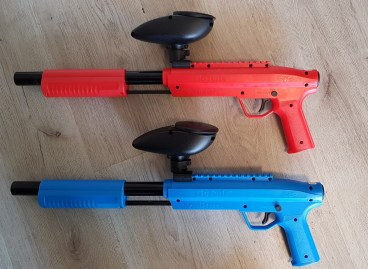 Met dit geavanceerde pistool mag iedereen schieten, voorzien van hopper voor max speelplezier.