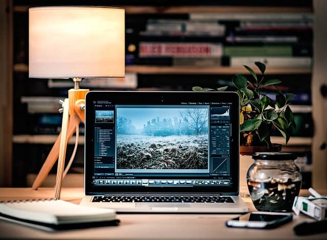 Why an Efficient Office Setup is Necessary For a Freelancer