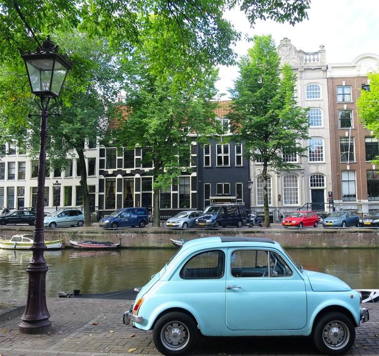 Blue Fiat 500 Amsterdam