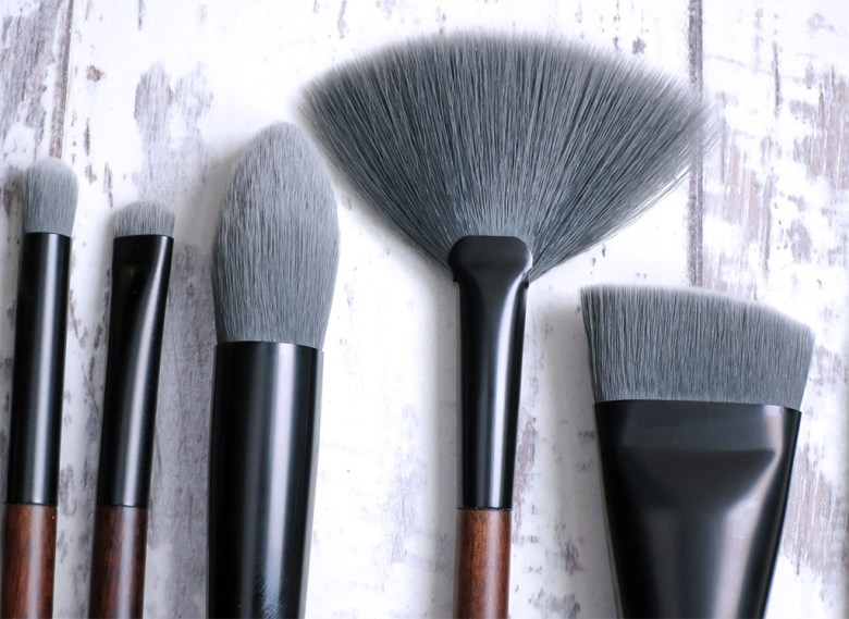 New Vegan Friendly Makeup Brushes