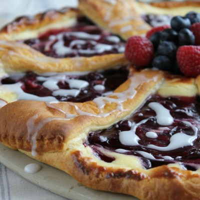 Blackcurrant Croissant Cheese Cake Recipe