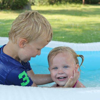 Siblings {August}
