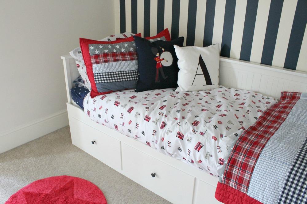 A big boy bedroom and sleepy lights