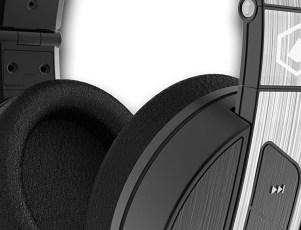 major deal on premium Bluetooth headphones
